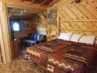 Cabin-bedroom.jpg